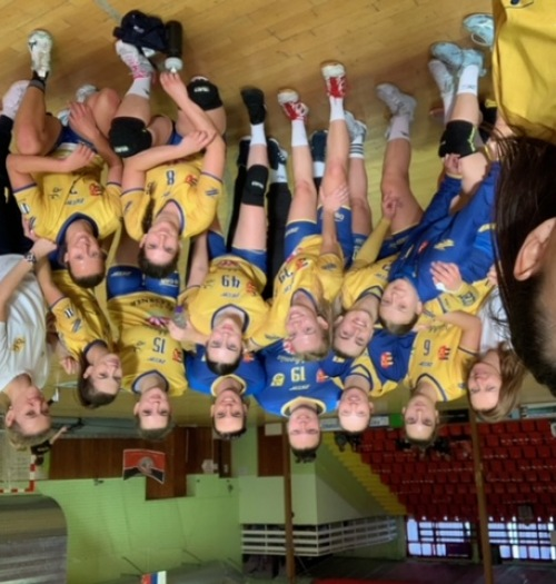 Sárga-kék meccsdömping